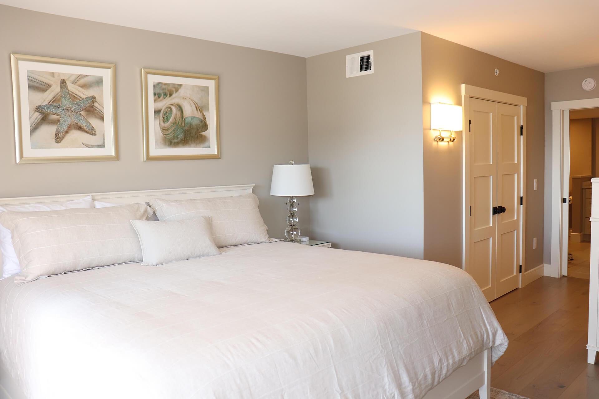 10-1 Guest Bedroom