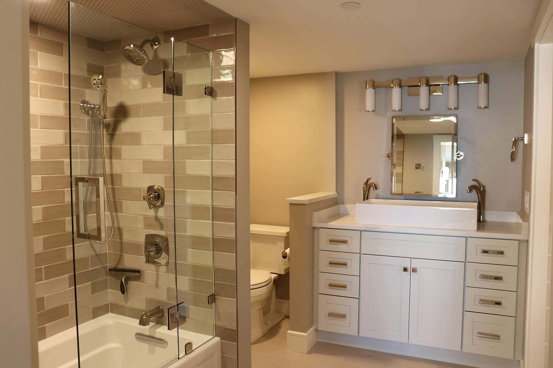 10-Guest Bath